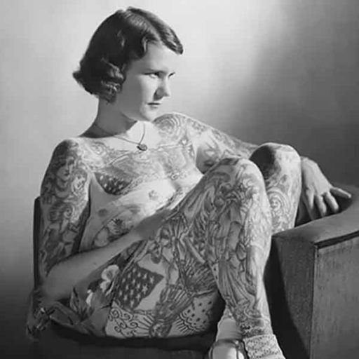 Betty Broadbent y los tatuajes femeninos